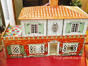 doll_house_front